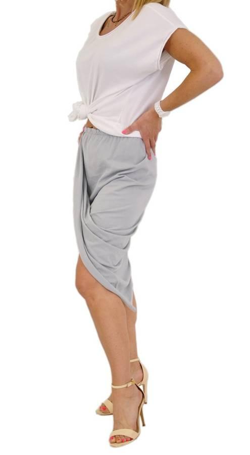 Biało-szary komplet ze spódnicą