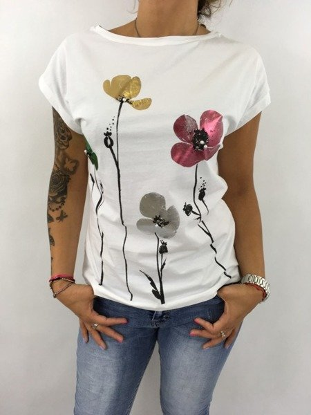 Bluzka w kolorowe kwiaty i perły
