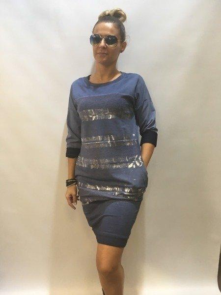 Sukienka niebieska w srebrne pasy