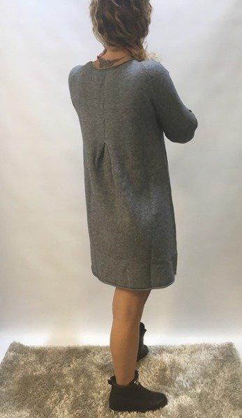 Sukienka popielata z guzikami