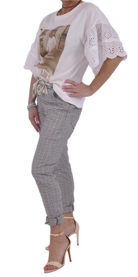 Spodnie beżowe w kratkę z paskiem