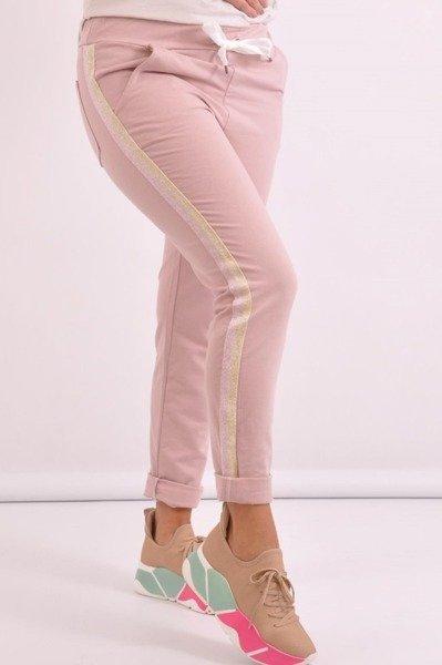 Spodnie różowe z lampasem