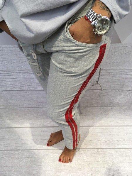 Spodnie z czerwonym lampasem M.