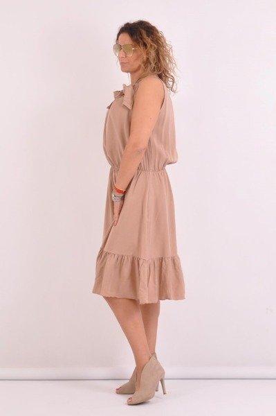 Sukienka camelowa wiązana przy szyi
