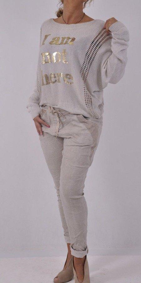Sweter beżowy w napisy