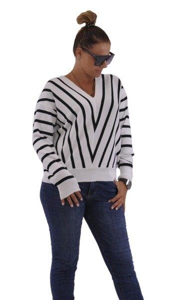 Sweter biały w czarne paski