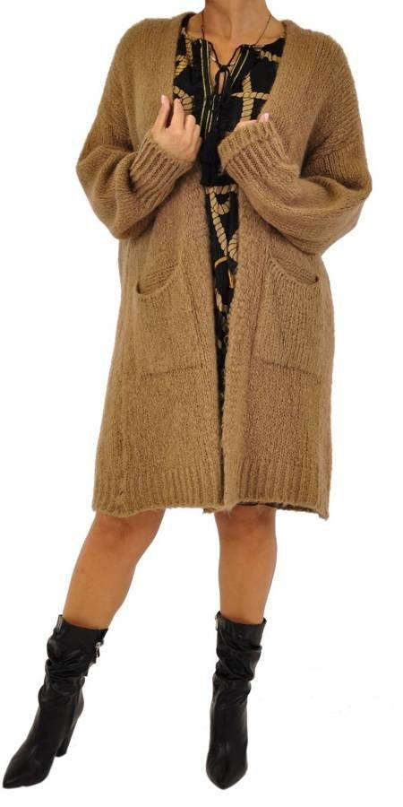 Sweter narzuta beż kieszenie
