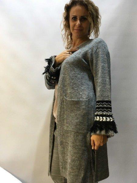 Sweter ozdobny rękaw