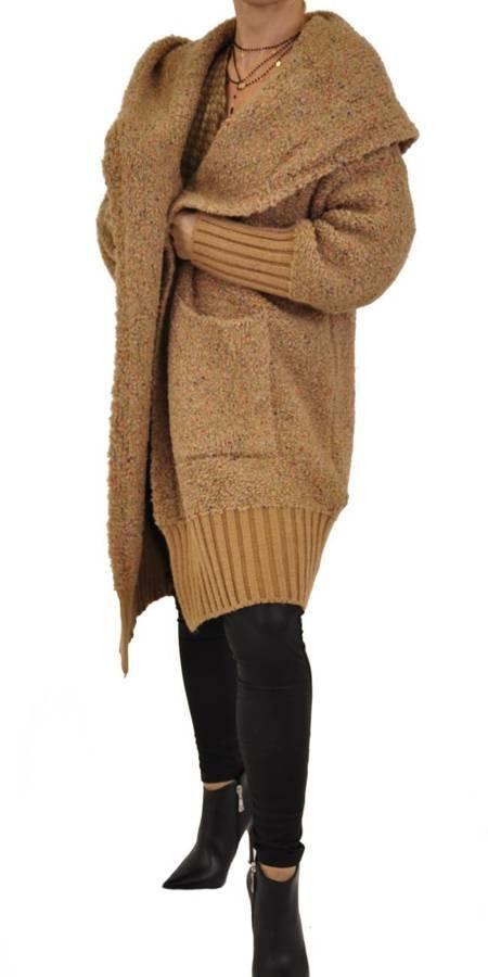 Sweter- płaszcz beż kaptur ze ściągaczem