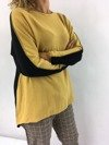 Sweter miodowo-czarny